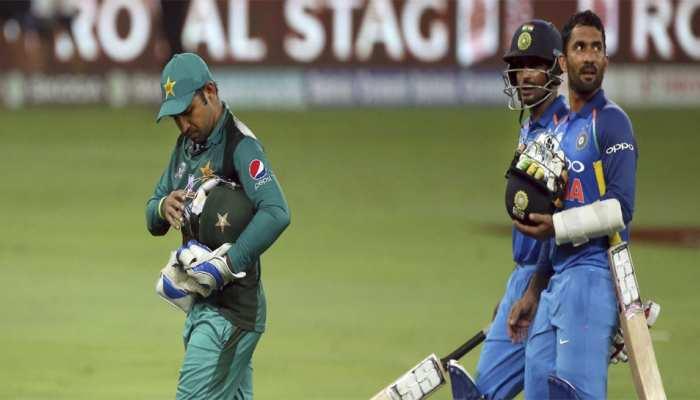 VIDEO: भारत-पाक मैच से पहले देखने को मिला ऐसा भी दुर्लभ नजारा, देखकर दिल हो जाएगा खुश