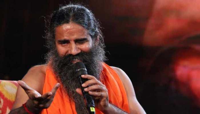 अयोध्या विवाद: रामदेव बोले, 'भगवान राम राजनीति का मुद्दा नहीं, कहीं भी पढ़ी जा सकती है नमाज'