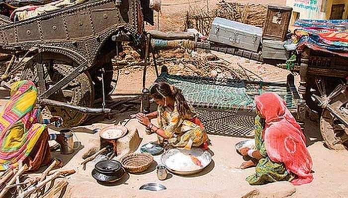 जयपुर: पहाड़ों की ओट में जीने को मजबूर बंजारा बस्ती के लोग, सरकार बेफिक्र