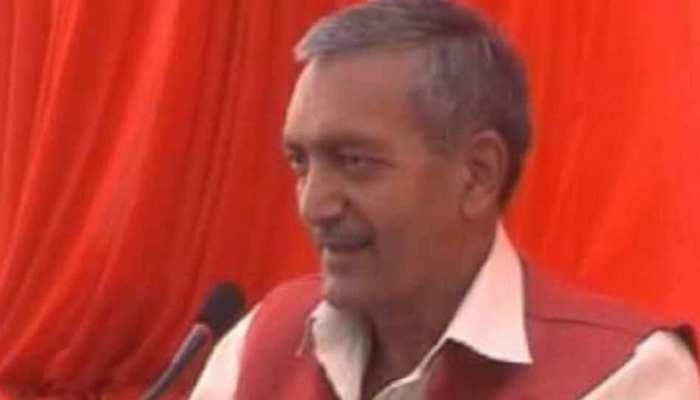 मुलायम के करीबी वीरपाल यादव ने सपा से दिया इस्तीफा, कहा- 'सिद्धांतों से भटक गई है सपा'