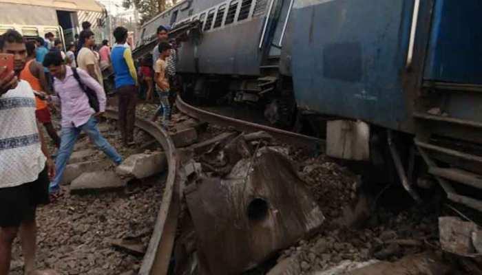 न्यू फरक्का एक्सप्रेस हादसा : रेलवे ने दो अधिकारियों को किया निलंबित