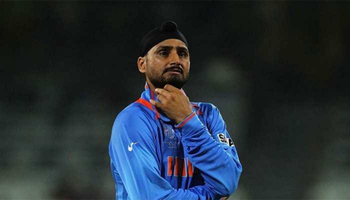 भज्जी ने उड़ाया था विंडीज का मजाक, पूर्व गेंदबाज ने यूं दिया करारा जवाब