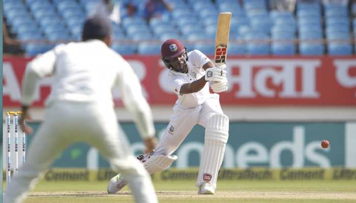 INDvsWI: वेस्टइंडीज ने पहले दिन बनाए 7 विकेट खोकर 295 रन, चेस शतक के करीब