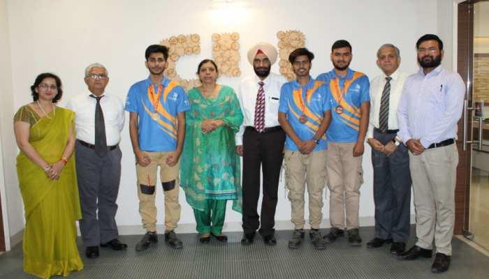 राष्ट्रीय कौशल स्पर्धा में BSDU के छात्रों ने किया कमाल, जीता एक स्वर्ण, दो कांस्य