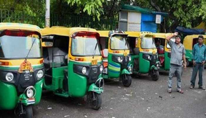 थम गए 4000 ऑटो के पहिये, मुश्किल हुआ नोएडा से दिल्ली जाना, जानें क्या है वजह