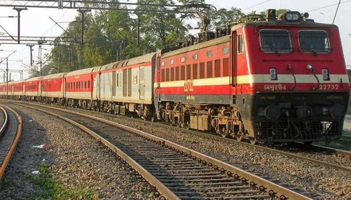 Railway Ministry may change flexi fare scheme in Rajdhani, Shatabdi and Duronto express