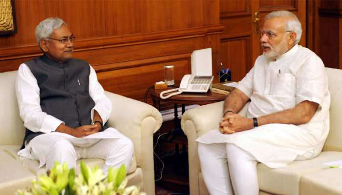 दिल्ली में प्रधानमंत्री नरेंद्र मोदी से मिले नीतीश कुमार, राजनीतिक हालातों पर चर्चा!