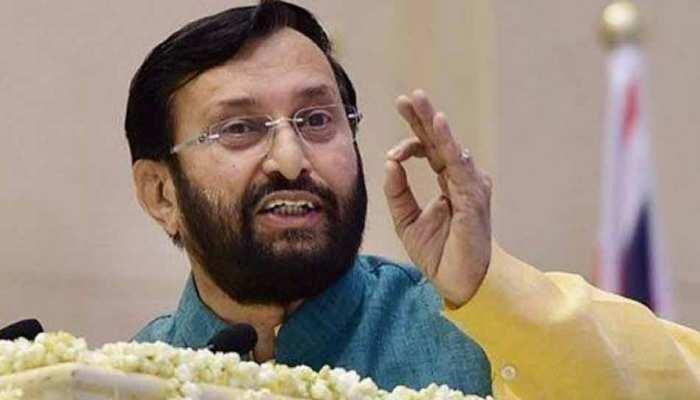 'बिच्छू' वाले कमेंट पर बीजेपी-कांग्रेस में ठनी, जावड़ेकर ने याद दिलाया राजीव गांधी का बयान