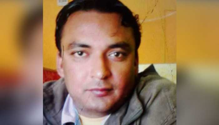 पूर्व आईपीएस के जवान बेटे की संदिग्ध अवस्था में मौत, घर के दरवाजे पर मिला अचेत