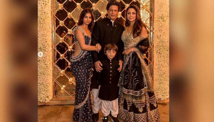 Bollywood stars starring Shahrukh Khan's Diwali party, See Pictures