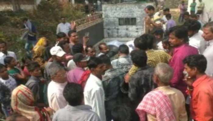 सीतामढ़ी में दर्दनाक सड़क हादसा, दो की मौत और सात गंभीर घायल