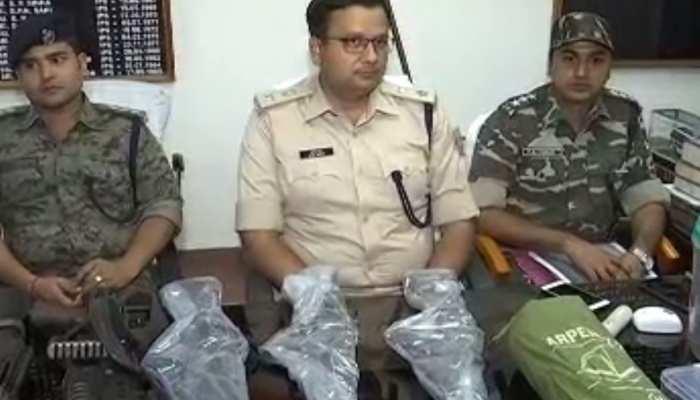 झारखंड: पुलिस ने चार नक्सिलयों को किया अरेस्ट, बड़ी घटना को अंजाम देने की थी योजना