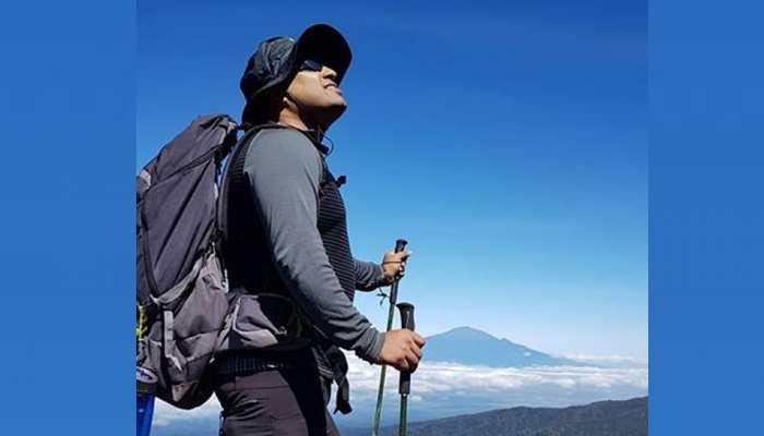 कभी थे अस्थमा के शिकार, अब 5 ज्वालामुखी पर्वतों की चढ़ाई पूरी करने वाले पहले भारतीय बने