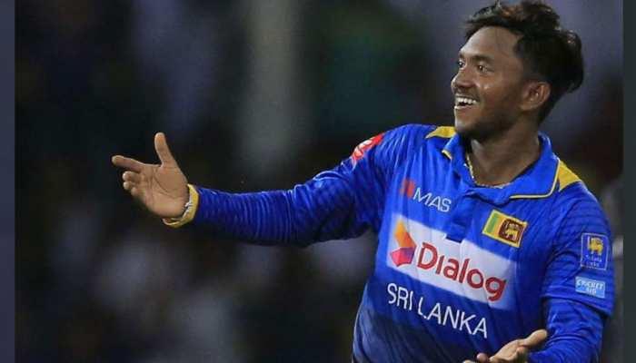 मुश्किल में फंसे श्रीलंकाई स्पिनर अकिला धनंजय, बॉलिंग एक्शन की होगी जांच