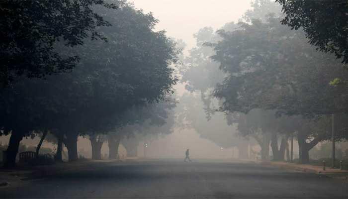 दिल्ली: बारिश से प्रदूषण के स्तर में गिरावट, 'बहुत खराब' से 'खराब' श्रेणी में आई वायु गुणवत्ता