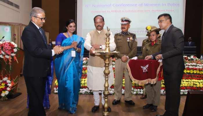 रांची में राष्ट्रीय महिला पुलिस का तीन दिवसीय सम्मेलन, रघुवर दास ने किया उद्घाटन
