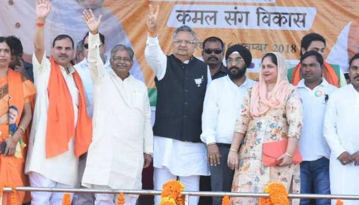 राजनांदगांव: कांग्रेस का बड़ा दांव, रमन सिंह के खिलाफ वाजपेयी की भतीजी को उतारा