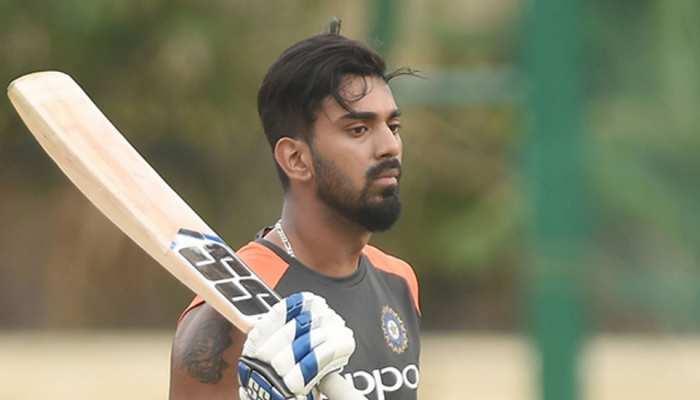 INDvsAUS: केएल राहुल से खुश नहीं हैं कोच संजय बांगड़, जानिए क्या कहा