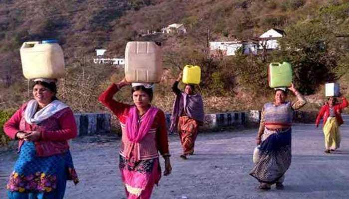 उत्तराखंड में 5 साल में सूख गए 10 हजार जलस्रोत, जलसंकट से जूझ रहे लोग