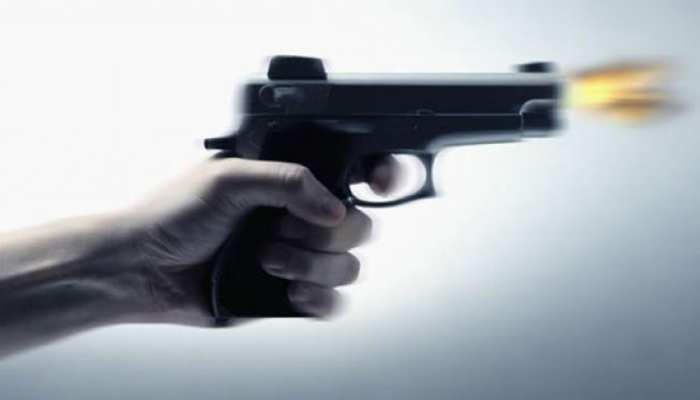 आजमगढ़: चुनावी रंजिश में ग्राम प्रधान को गोली मारी, वाराणसी रेफर