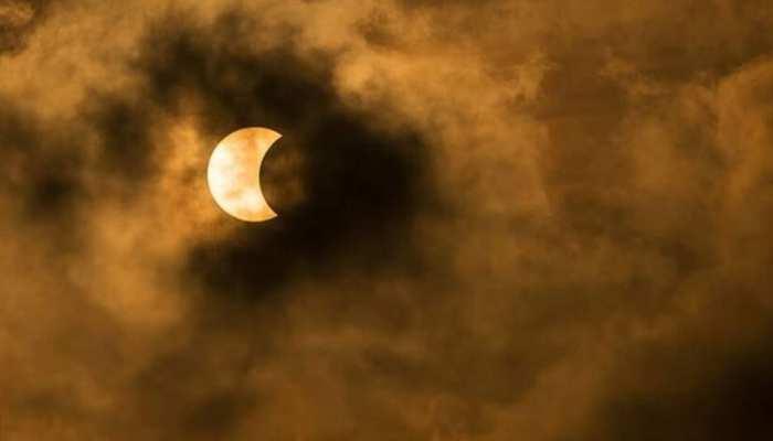 Lunar Eclipse 2019 क त ज खबर ह न द म