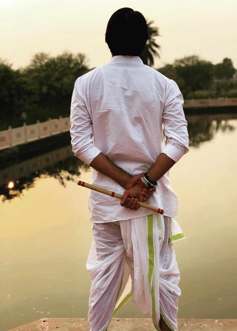 Tej Pratap Yadav appears in Krishna avatar in mathura and share his photos social media