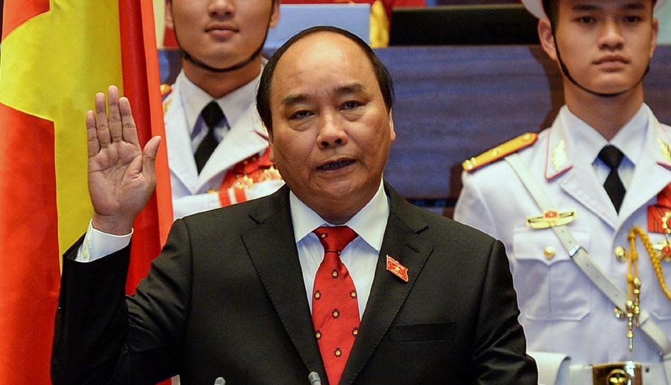 गुयेन शुआन फुक, वियतनाम